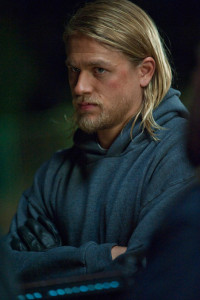 Charlie-Hunnam-of-Sons-of-Anarchy_gallery_primary